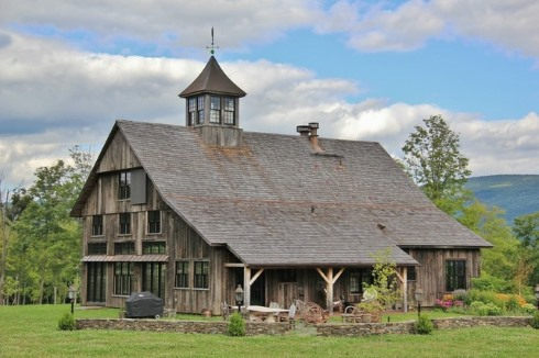 Barn Home Designs...Reflections of Yesteryear!