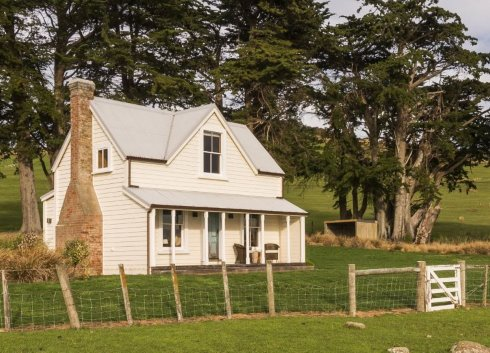 Small farmhouse plans country cottage charm for Farm house plans with photos