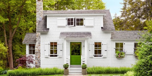 farmhouse style cottage